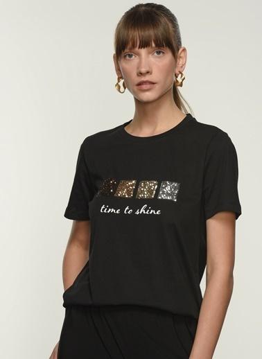 NGSTYLE Kadın Payet İşlemeli  Tişört NGKSS21TS0046 Siyah